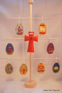 HOLY WEEK ORNAMENTS