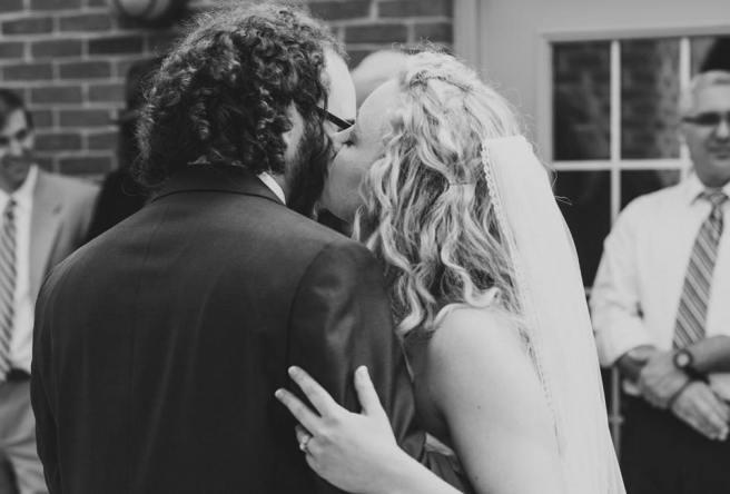 reception kiss